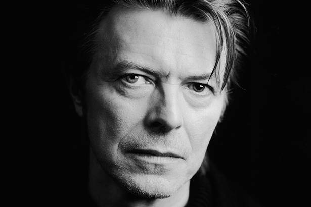 David Bowie morre aos 69 anos Background