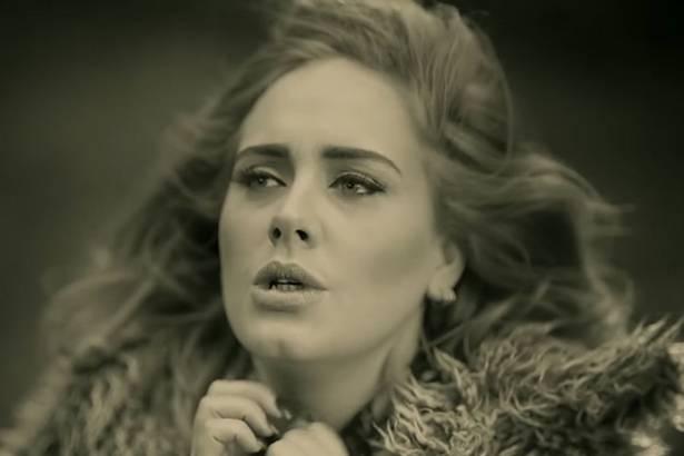 """Clipe de """"Hello"""", de Adele, é o mais rápido a atingir 1 bilhão de visualizações Background"""