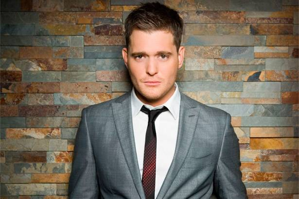 "Michael Bublé lança lyric-video de ""The More You Give (The More You'll Have)"" Background"