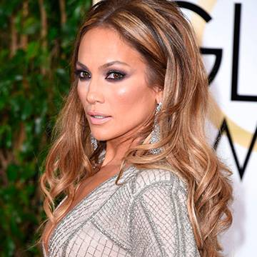 Relembre três grandes sucessos de Jennifer Lopez Background