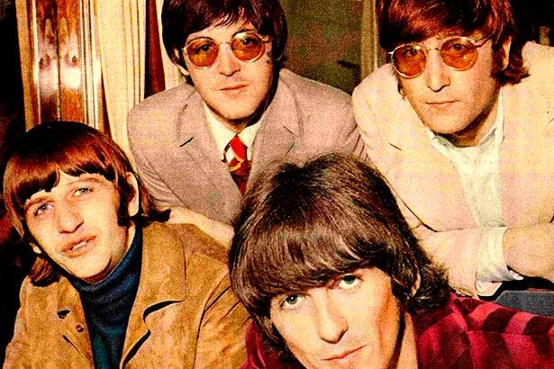 "Confira! Vídeo feito para ""A Day in The Life"", dos Beatles, é restaurado Background"