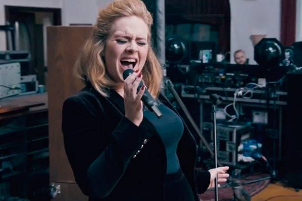 "Single ""When We Were Young"", de Adele, ganha remix Background"