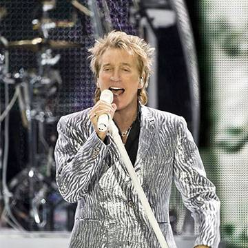 Rod Stewart é acusado de plágio pelos familiares de Bo Carter Background