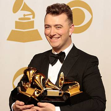 Sam Smith não fará a próxima canção para o filme de James Bond Background