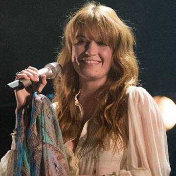 Florence + The Machine substituirá Foo Figthers em festival britânico Background