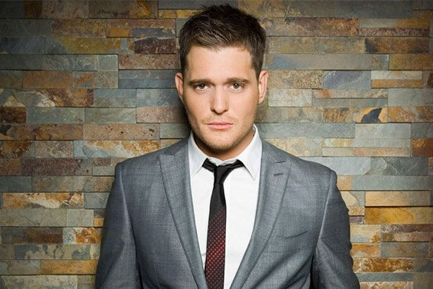 Michael Bublé anuncia cirurgia nas cordas vocais Background