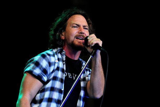 Pearl Jam toca faixa pela primeira vez após duas décadas Background