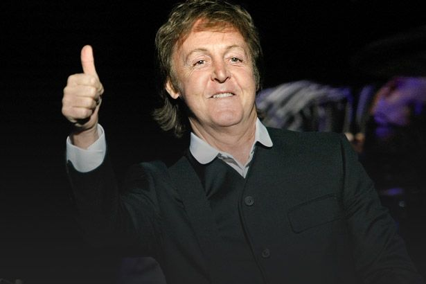 Paul McCartney escreve música para Donald Trump Background