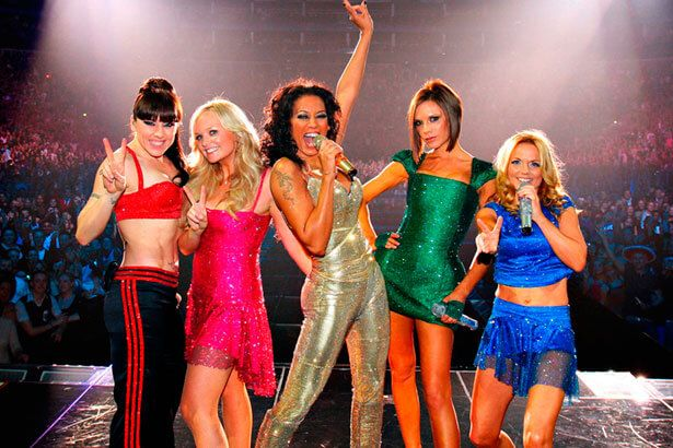 Mel B anuncia retorno das Spice Girls Background
