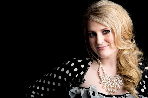 Meghan Trainor estreia clipe de Better Background