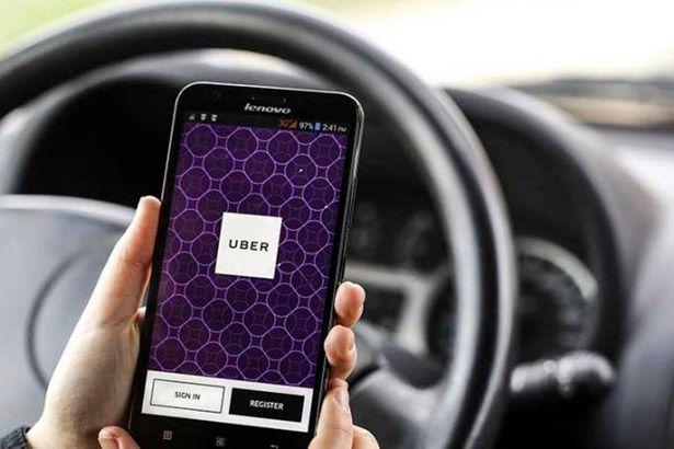 Agora o Uber aceita pagamento em débito das viagens Background