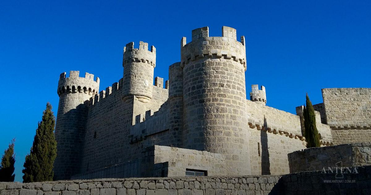 Castelo Olmillos de Sasamón na Espanha